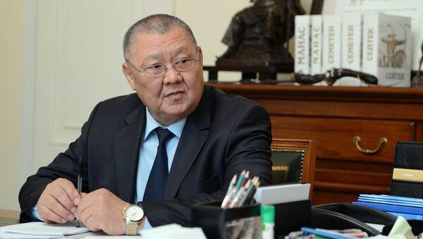 Председатель Ассамблеи народа Кыргызстана Токон Мамытов. 2017 год