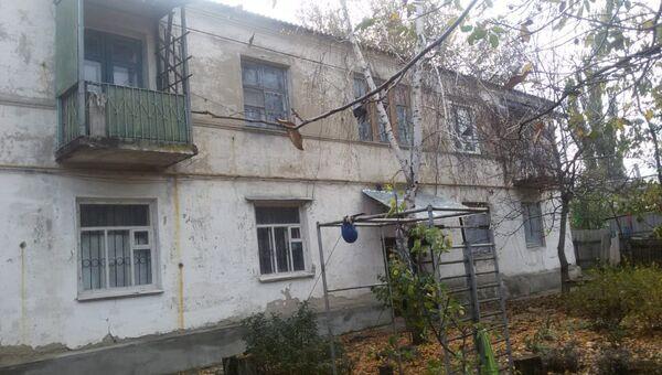Дом в селе Чертково Ростовской области, который попал в анклав