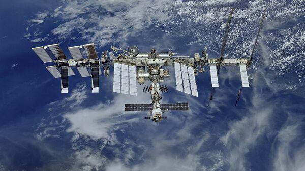 Орбиту МКС скорректируют перед прибытием нового экипажа