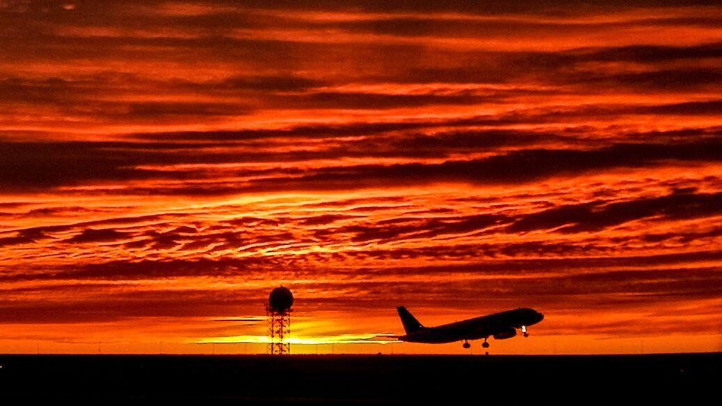 Госдума установила нулевой НДС для внутренних авиаперевозок в обход Москвы