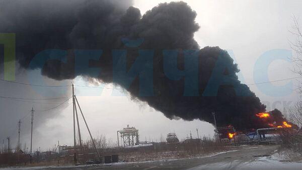 Пожар на нефтебазе в Ханты-Мансийском автономном округе
