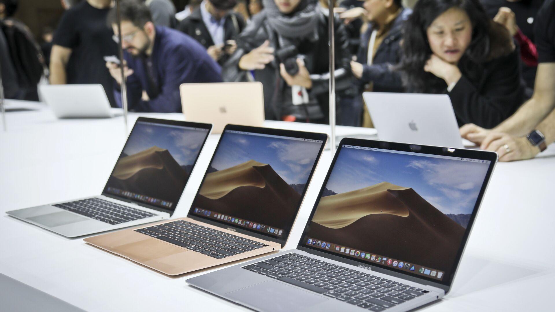 Новые ноутбуки MacBook Air компании Apple. 30 октября 2018 года - РИА Новости, 1920, 25.02.2021