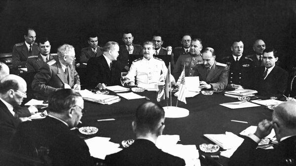 Участники Потсдамской конференции. 1945 год