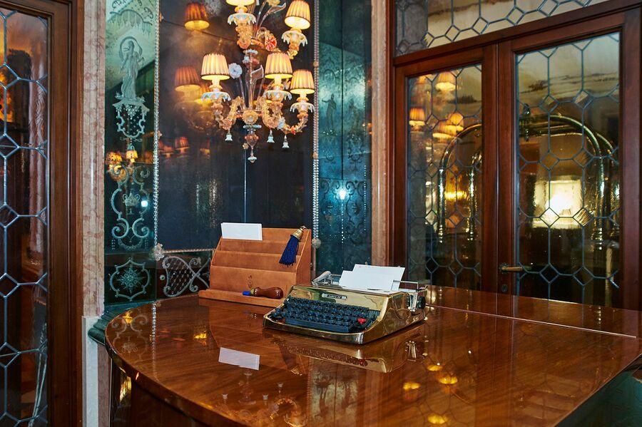 Пишущая машинка, отель «Гритти Палас», Венеция