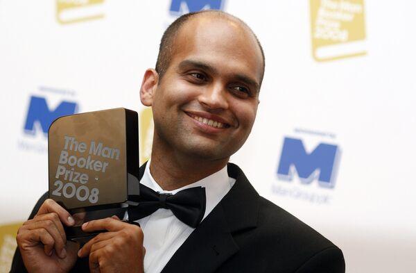 Лауреатом Букеровской премии за 2008 год стал индийский писатель Аравинд Адига
