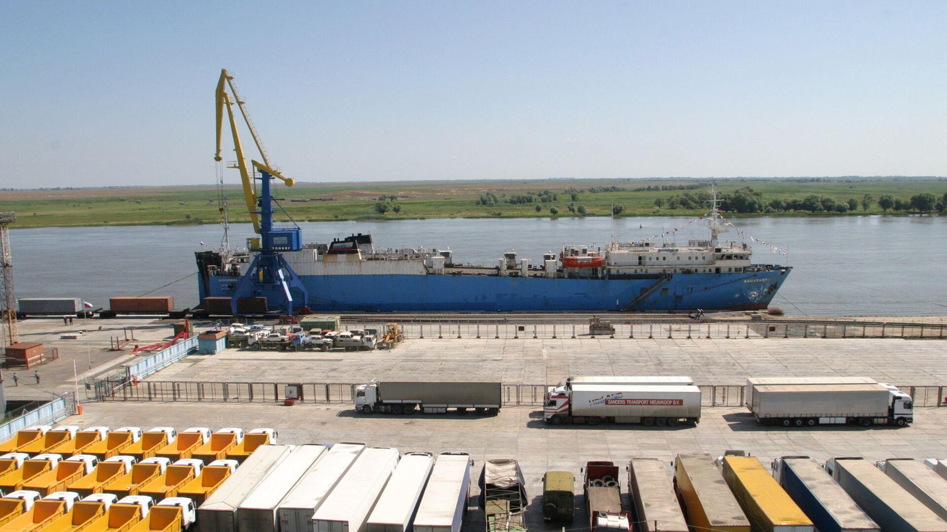 В Астраханской области создадут портовую ОЭЗ и Каспийский кластер