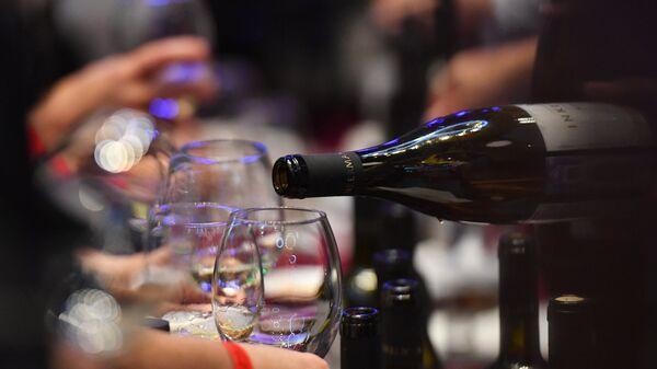 На фестивале молодого вина в Крыму
