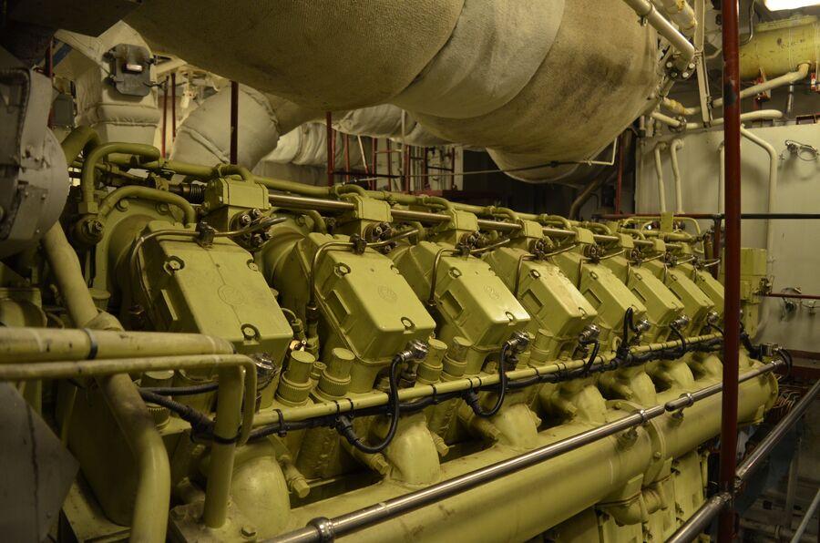 Дизельный двигатель фрегата «Адмирал флота Касатонов».