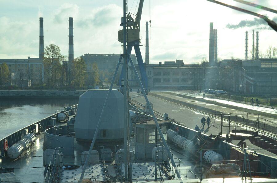 Вид из ходовой рубки фрегата «Адмирал флота Касатонов».