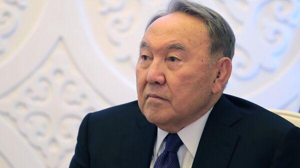 Нурсултан Назарбаев выразил соболезнования родителям погибших девочек
