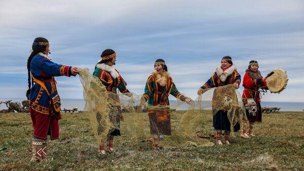 Ученые выяснили, как дальние районы Чукотки добывают исконную пищу