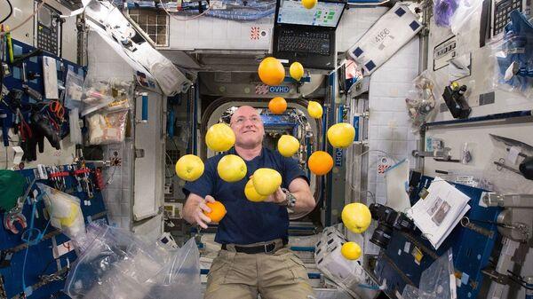 Скотт Келли на борту МКС