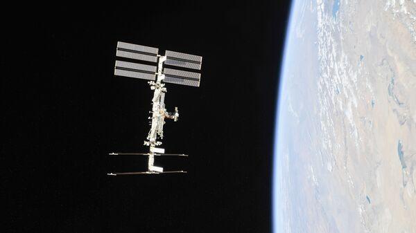 Воздух на МКС временно разделили для поиска источника токсичного бензола
