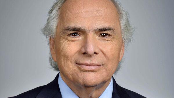 Министр внутренних дел Чили Андрес Чадвик. Архивное фото