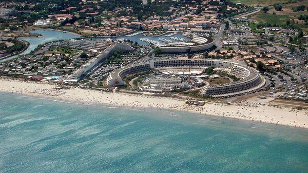 Пляж курорта Кап Даг, Франция