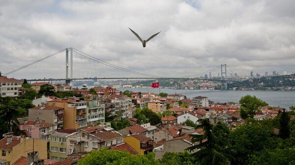 Мост через пролив Босфор
