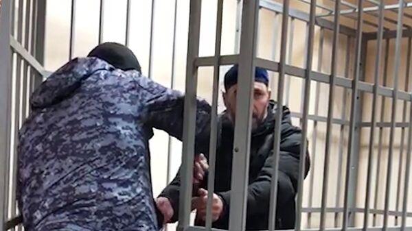 Задержаны двое ранее неизвестных членов банды Басаева - Нажмудин Дудиев и Ибрагим Донашев на Псковскую дивизию ВДВ в 2000 году