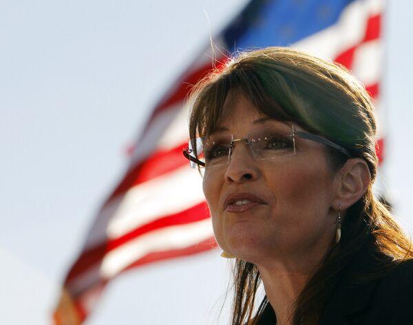 Кандидат в вице-президенты США губернатор штата Аляска Сара Пэйлин во время предвыборной кампании
