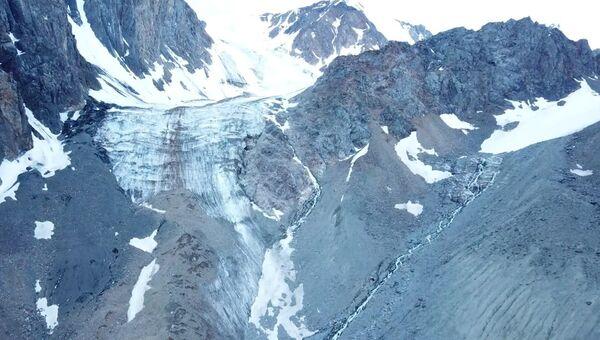 Томские ученые исследуют тающие ледники Алтая с помощью дронов