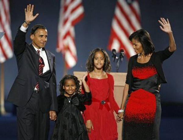 Новый президент США Барак Обама с семьей