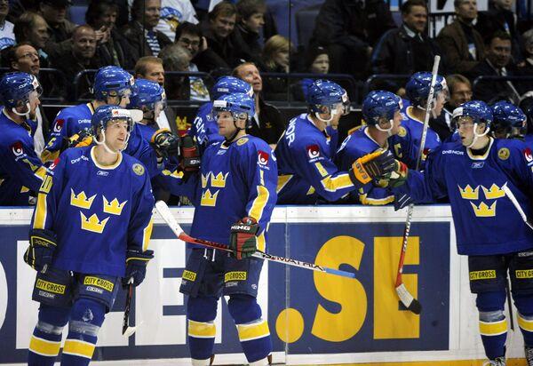 Сборная Швеции после матча с Чехами в Кубке Карьяла