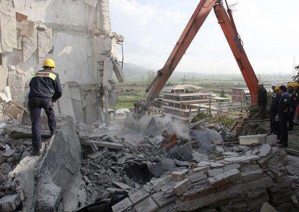 Обрушение семиэтажного жилого дома в городе Гирокастр на юге Албании