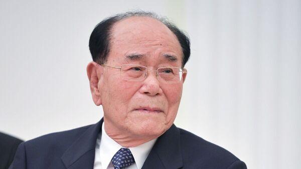 Председатель президиума верховного народного собрания КНДР Ким Ен Нам