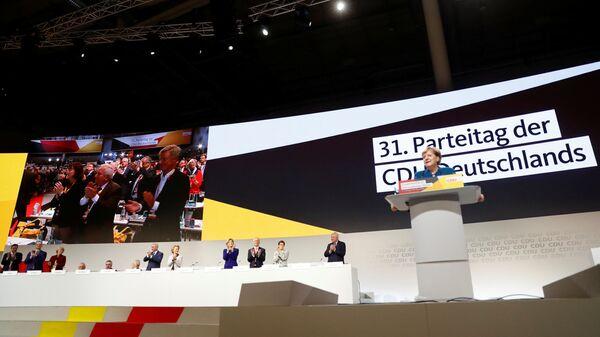 Канцлер Германии Ангела Меркель выступает на съезде ХДС в Гамбурге, Германия. 7 декабря 2018