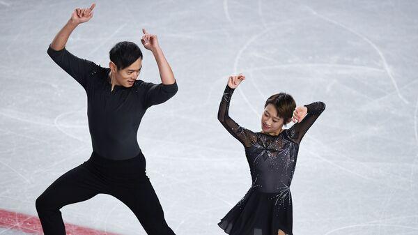 Спортивная пара из Китая Пэн Чэн и Цзинь Ян