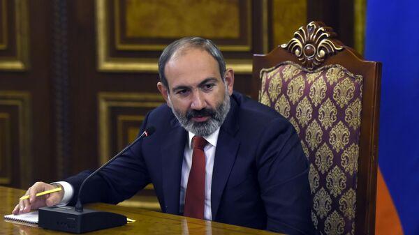 Пашинян планирует провести в Давосе неформальную встречу с Алиевым
