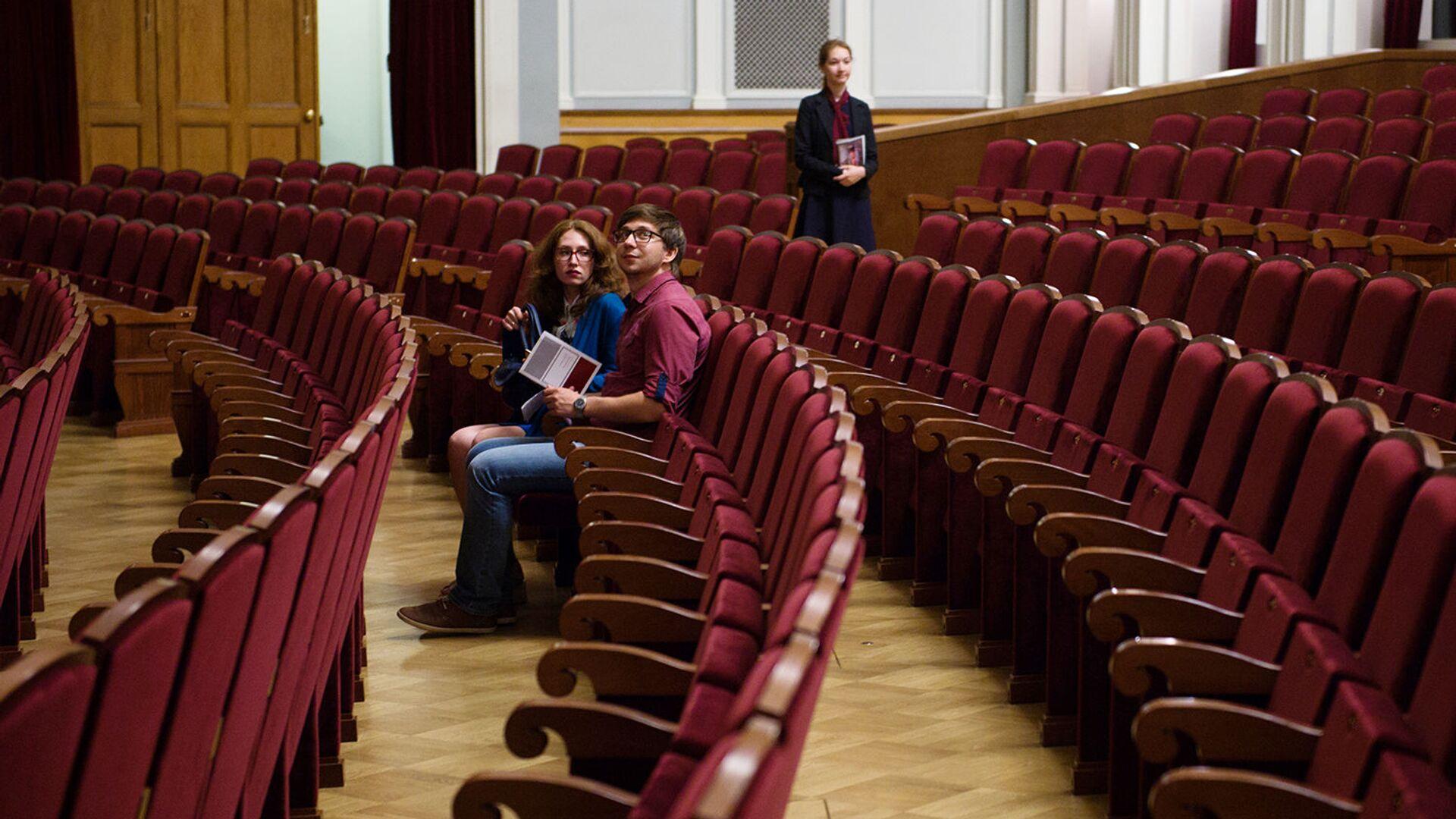 В Мосгордуме предложили провести фестиваль экоспектаклей в Год театра - РИА Новости, 1920, 26.06.2021