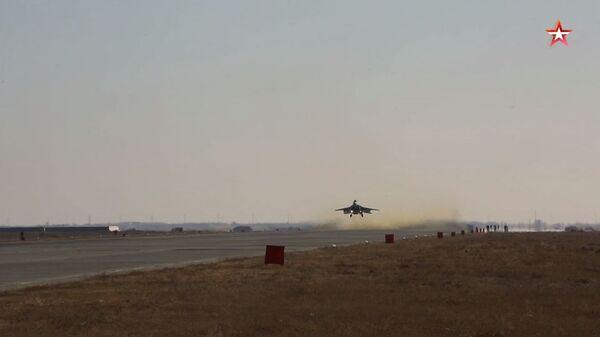 Взлет МиГ-35