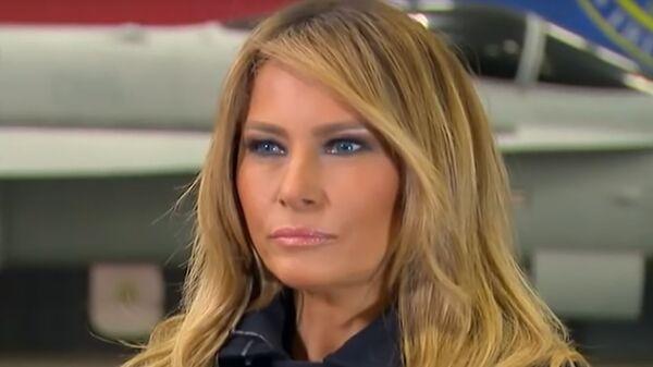 Первая леди США Меланья Трамп во время интервью Fox News