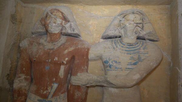 Находка в Египте: в гробнице возрастом 4400 лет обнаружены 45 статуй