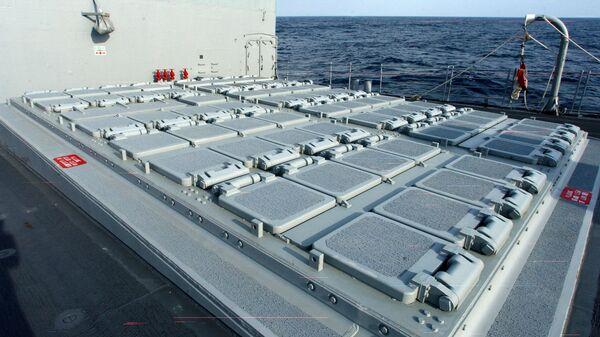 Универсальная установка вертикального пуска МК-41 на борту ракетного крейсера типа Тикондерога USS San Jacinto ВМС США