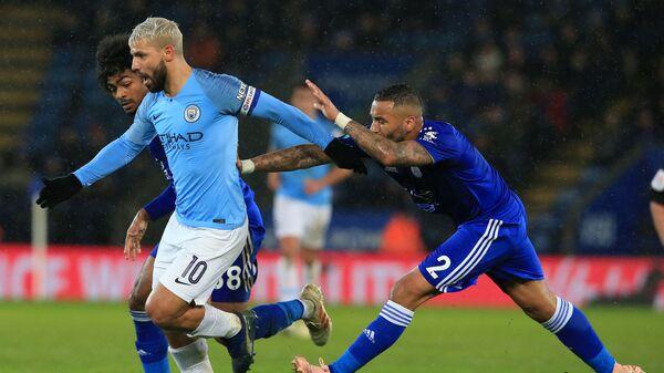 Игровой момент матча Лестер - Манчестер Сити