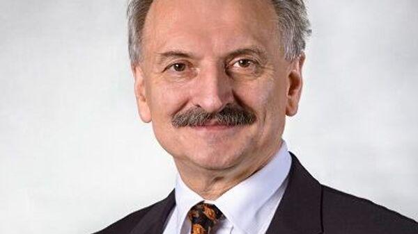 Профессор Института международных отношений Варшавского университета Станислав Белень