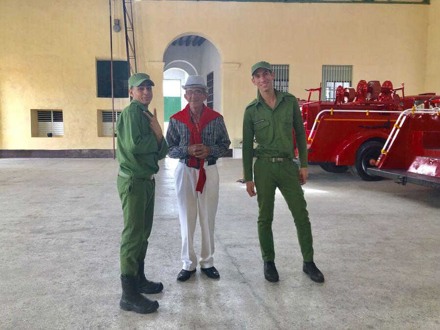 Работники пожарной части, Матансас, Куба