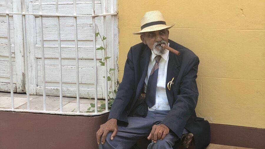 Местный житель в Тринидаде, Куба
