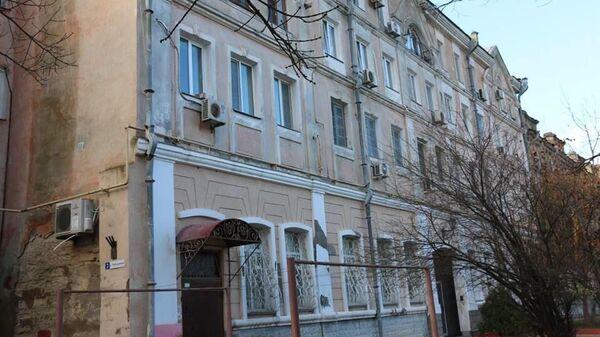 Дом на Набережной, 2 в Керчи, где отключили отопление из-за экс-чиновника