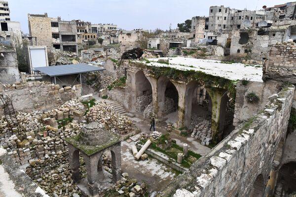 Разрушенная синагога в сирийском Алеппо