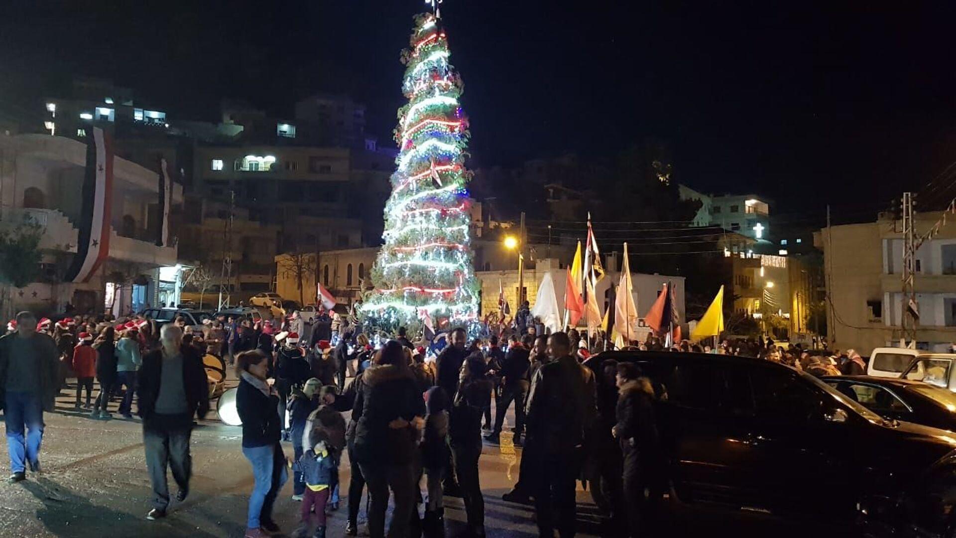 Рождественская елка в городе Маалюля, Сирия - РИА Новости, 1920, 18.11.2020