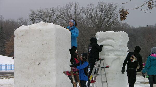 Изготовление снежных скульптур