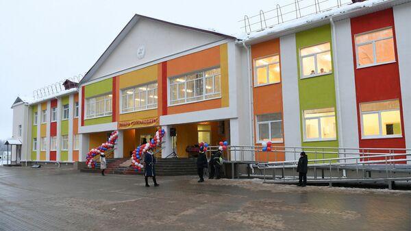 Школа в селе Степурино Старицкого района Тверской области