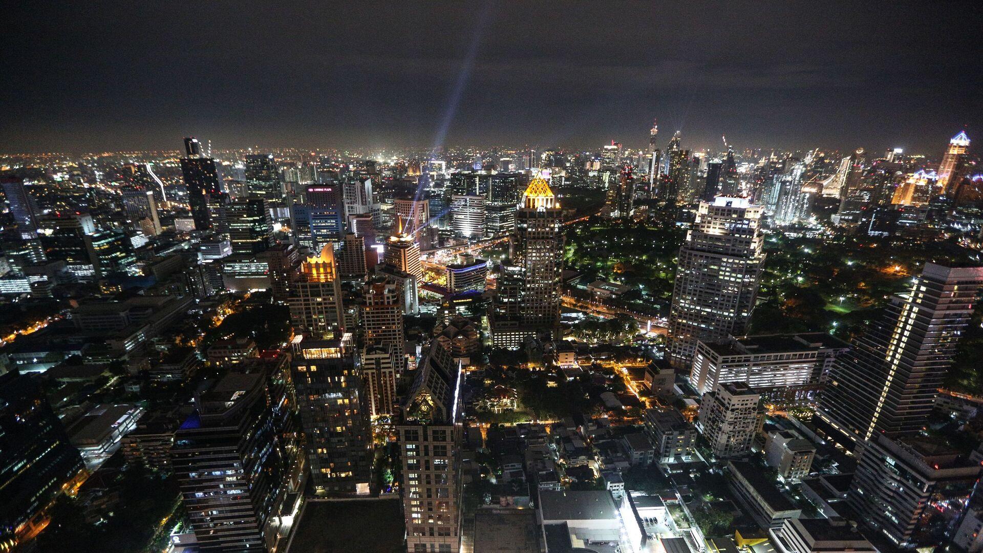 Вид с небоскреба на ночной Бангкок - РИА Новости, 1920, 14.10.2020