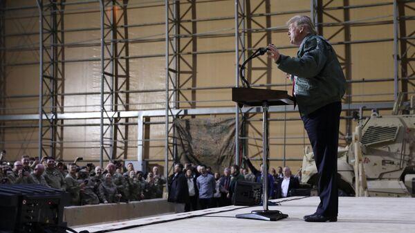 Президент США Дональд Трамп в ходе визита в Ирак. 26 декабря 2018