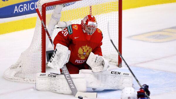 Пётр Кочетков в матче 1/2 финала молодежного чемпионата мира против сборной США