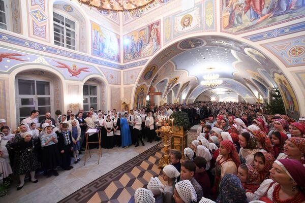 Рождественское богослужение в храме Сошествия Святого Духа в Казани. 7 января 2019