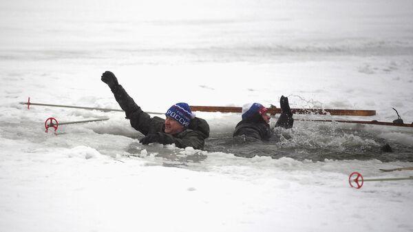 Учения спасателей на водных объектах зимой