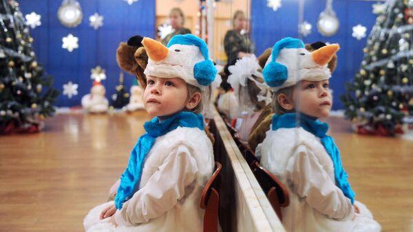 ОНФ провел новогоднюю акцию в детских учреждениях Ленинградской области